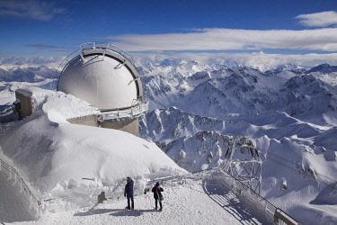 HMS3245434 France, Hautes Pyrenees, Bagneres de Bigorre, La Mongie,the observatory of the Pic du Midi de Bigorre (2877m)