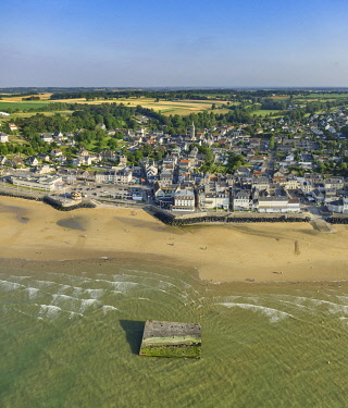 HMS3319742 France, Calvados, Arromanches les Bains, Mulberry B remains, Port Winston, Phoenix breakwaters, Gold Beach, Allied invasion of German-occupied France in the Normandy landings on 6 June 1944 (aerial vi...