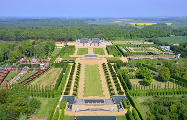 HMS3438426 France, Eure, Le Neubourg, castle of the Champ de Bataille, the castle of the XVIIth century renovated by the decorator Jacques Garcia, gardens are certified remarkable Garden (aerial view)