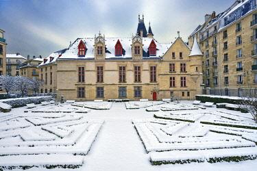 HMS3244849 France, Paris, the hôtel (mansion) de Sens or Forney library in the district of Le Marais