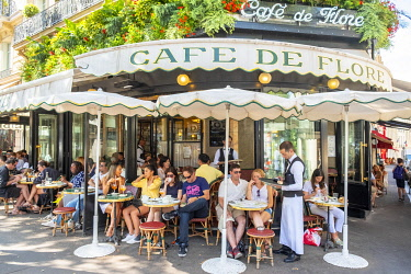 HMS3325335 France, Paris, Saint Germain des Pres district, the coffee of Flore