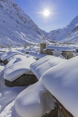 HMS3215845 France, Savoie, Vanoise National Park, Bonneval sur Arc, labelled Les Plus Beaux Villages de France (The Most Beautiful Villages of France), the highest village of Haute Maurienne (1850 m)