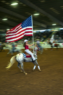 US62004 USA, Florida, Ocala, Rodeo, Calf Roping, Horseback Riding