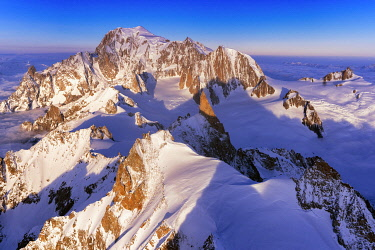 CLKMC114523 Aerial view of Mont Blanc during sunrise, Courmayeur, Aosta Valley, Italy