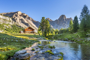 CLKMK116737 San Vigilio di Marebbe, Fanes, Dolomites, South Tyrol, Italy, Europe. Alpine hut in the natural park Fanes-Sennes-Braies