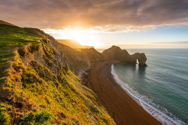 CLKAC117566 Durdle Door, Jurassic coast, Dorset, England, UK