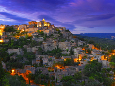 FRA11626AW France, Vaucluse, Provence, Gordes, illuminated at night