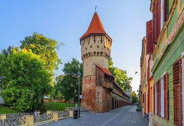 ROM1782AWRF Turnul Dulgherilor, Carpenters tower, Sibiu, Transylvania, Romania
