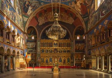 ROM1685AW Orthodox Holy Trinity Cathedral, Interior, Sibiu, Transylvania, Romania