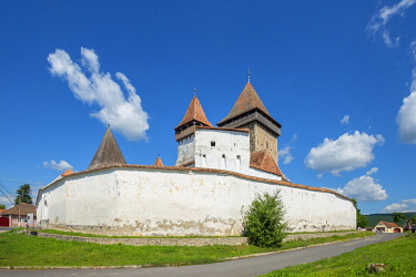 ROM1738AW Fortified church of Homorod, Transylvania, Romania