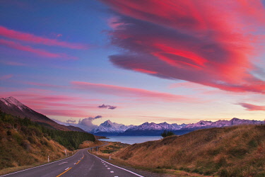 NZ9470AW Sunrise from Peters Lookout, Mount Cook Road, Canterbury, New Zealand