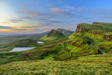 SCO35570AW United Kingdon, Scotland, Isle of Skye, Quiraing escarpment