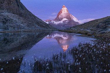 SWI8433AW Switzerland, Swiss Alps, Valais, Zermatt, Matterhorn