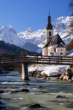 IBXHEB04968513 Parish church St. Sebastian an der Ramsauer Ache in winter, Reiteralpe at the back, Ramsau, Berchtesgadener Land, Upper Bavaria, Bavaria, Germany, Europe
