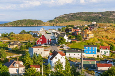 IBXOGE05010607 Colorful wooden houses, Trinity, Trinity Bay, Newfoundland and Labrador, Canada, North America