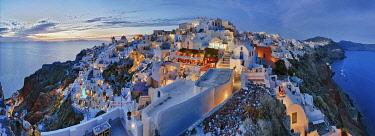 IBXRFI04970850 Panorama, evening mood, Oia, Santorini, Greece, Europe