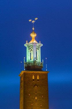 SW01141 Sweden, Stockholm, Stockholm City Hall, dusk