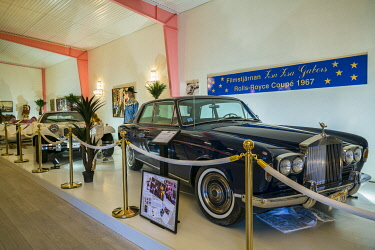 SW03104 Sweden, Southern Sweden, Simrishamn, Autoseum, Sweden's largest auto museum, 1967 Rolls Royce formerly owned by actress Zsa Zsa Gabor