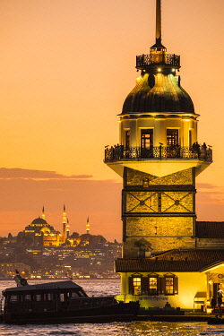TK265RF Maiden's Tower (Kiz Kulesi) & Bosphorus from the Asian side of Istanbul, Turkey