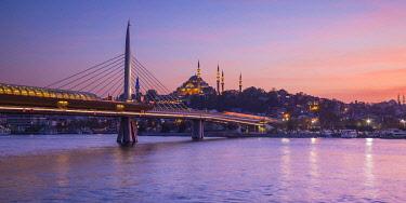 TK01716 Halic Metro Bridge & Suleymaniye Camii (Mosque), Golden Horn, Istanbul, Turkey