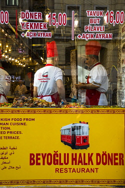 TK01741 Kebab restaurant, Istiklal Caddasi, Istanbul, Turkey