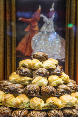 TK01812 Baklava (traditional Turkish pastries), Istanbul, Turkey