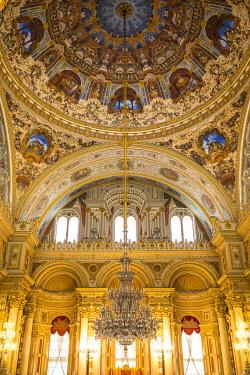 TK01843 Ceremonial Hall, Dolmabahce Palace, Besiktas, Istanbul, Turkey
