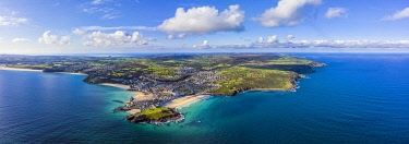 UK08695 Aerial panoramic view of St. Ives, Cornwall, England