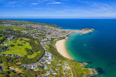 UK08701 Aerial view over Porthminster beach, St. Ives, Cornwall, England