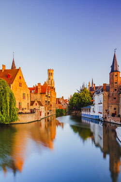 BEL2056AWRF View of Bruges old town reflecting in the water canal at sunrise, Belgium
