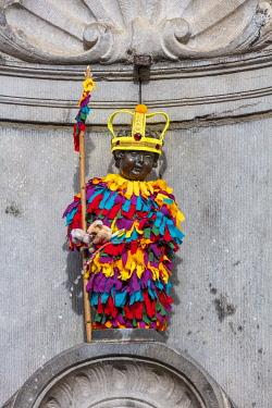 BEL2011AW Little statue called Manneken Pis in Bruxelles, Belgium