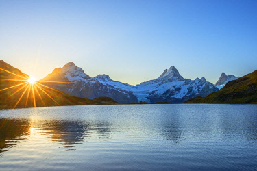 SWI8497AW Sunrise at Bachalpsee, Grindelwald, Berner Oberland, Switzerland