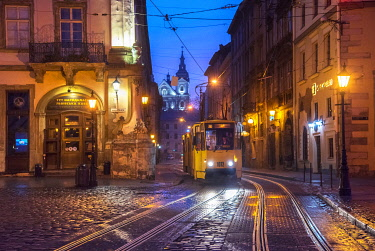 UA01151 Ukraine, Lviv, Electric Commuter Trolley, Medieval Cobblestone Streets, Lviv Survived Soviet And German Occupations Unscathed During World War II, Lviv Is One Of The Main Cultural Centers Of Ukraine,...