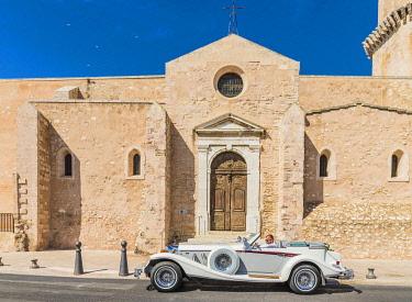 FRA11756AW Church of Saint Laurent de Marseille, Marseille, France