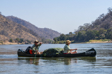 ZIM2784 Mana Pools, Zimbabwe, Africa.  A canoeing safari on the Lower Zambesi River (MR)