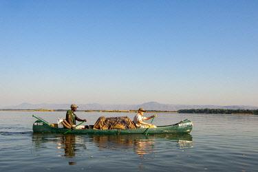 ZIM2857 Mana Pools, Zimbabwe, Africa.  A canoeing safari on the Lower Zambesi River