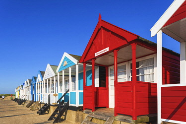 TPX71977 England, Suffolk, Southwold, Colourful Beach Huts