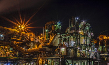 IBLGSA04227142 Industrial plant, copper production, Aurubis AG, lit up at night, Hamburg, Germany, Europe