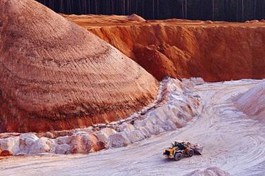 IBLRYR04194639 Excavator in kaolin pit, mining of kaolin, Gebenbach, Bavaria, Germany, Europe