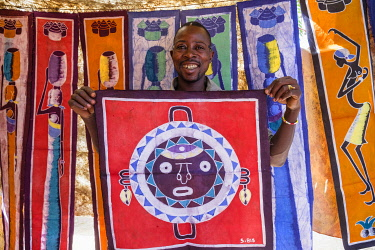 HMS3238386 Burkina Faso, Hauts-Bassins region, Bobo-Dioulasso, the old town, batik of the artist Sanon