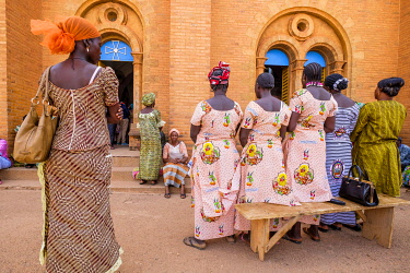 HMS3238486 Burkina Faso, Centre region, Ouagadougou, religious ceremony at the Immaculate Conception Cathedral