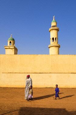 HMS3252028 Burkina Faso, Boulkiemdé province, Koudougou, mosque in the southern district