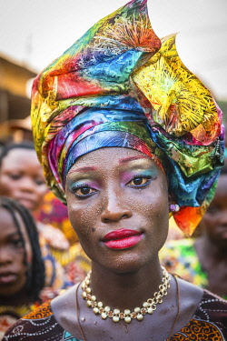 HMS3403197 Benin, Porto-Novo, portait of a woman during epiphany ceremony