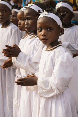 HMS3648518 Benin, Porto-Novo, girls during epiphany ceremony