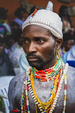 HMS3648546 Benin, Savalou, Voodoo priest during yam festival