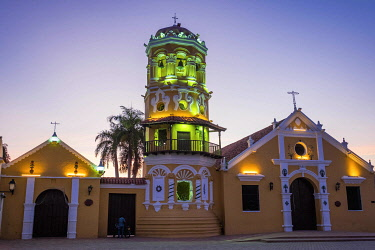 HMS3590634 Colombia, Bolivar, Santa Cruz de Mompox, registered World Heritage by UNESCO, Santa Barbara church, from 17th century