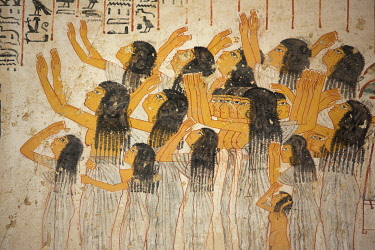 HMS3640652 Egypt, Upper Egypt, Nile Valley, Luxor, Valley of the Nobles, polychrome painting representing a group of mourners adorning the tomb of Ramses or TT 55