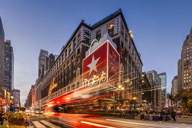 USA14833AW Macy's department store, Herald Square, Manhattan, New York, USA