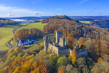 GER11965AWRF Aerial view on Kasselburg castle, Gerolstein, Eifel, Rhineland-Palatinate, Germany