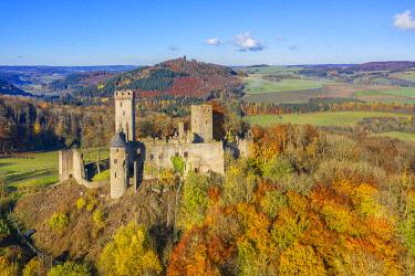 GER12006AW Aerial view on Kasselburg castle, Gerolstein, Eifel, Rhineland-Palatinate, Germany